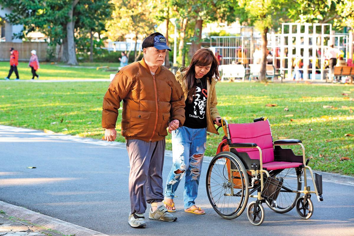 無論是否遭遇意外或罹患疾病,老後都需要有人陪、有錢用。