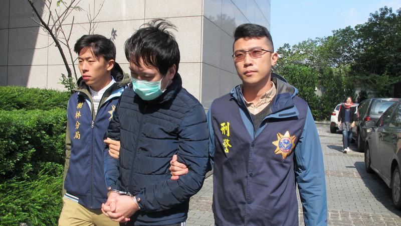 劉嫌涉假匯款騙賣家交易,被刑事局查獲。(刑事局提供)