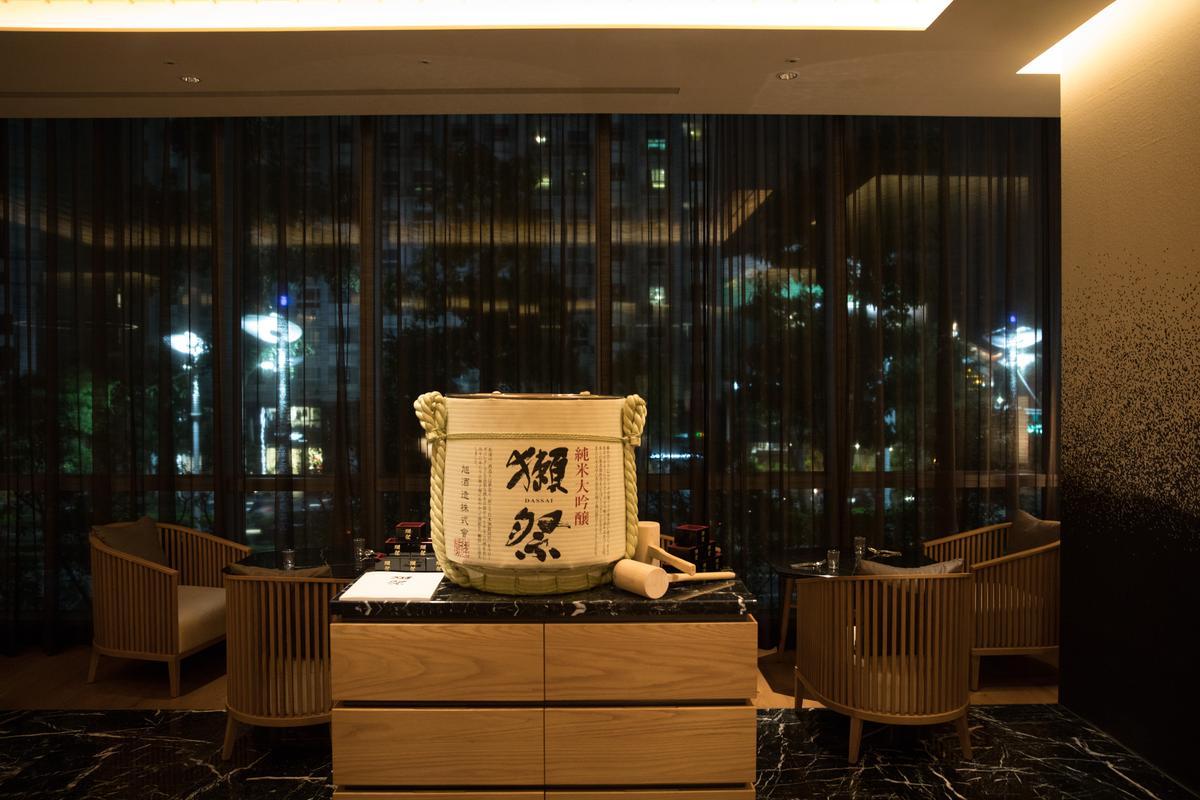 日本名酒「獺祭」海外首家酒吧就開設在高雄。