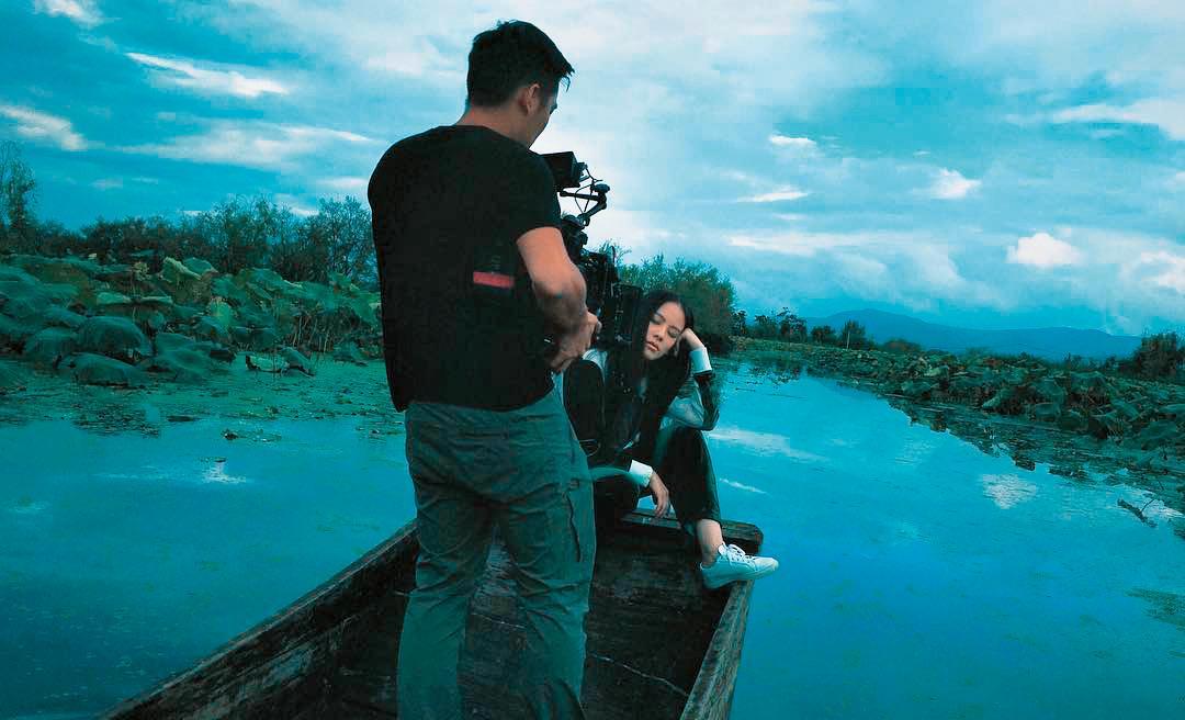 王詩安為MV遠赴雲南大理拍攝。(翻攝自王詩安臉書)
