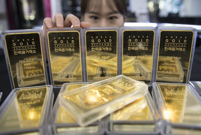黃金不僅有避險功能,也是盧冠安長期看好、積極持有的資產部位。(東方IC)