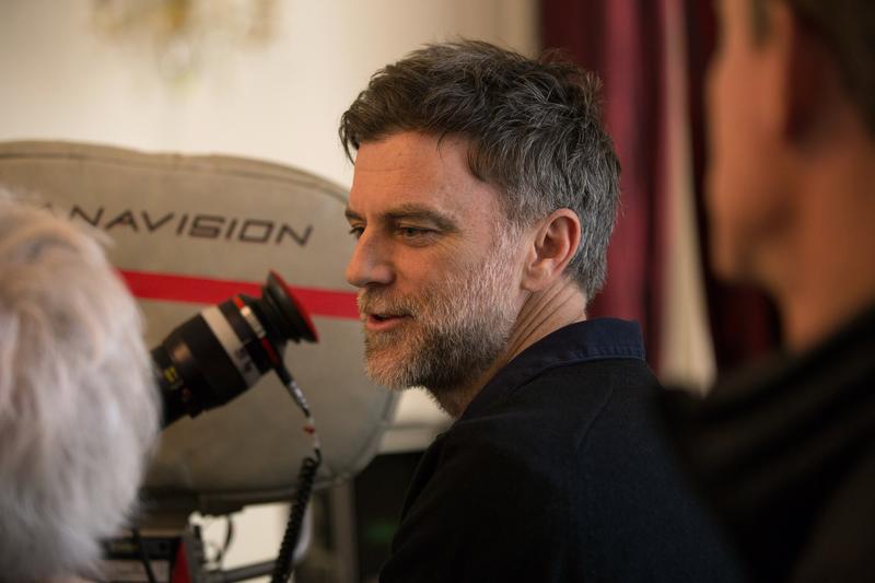 保羅湯瑪斯安德森導演的《霓裳魅影》入圍包括最佳影片、導演共6項獎。(UIP提供)