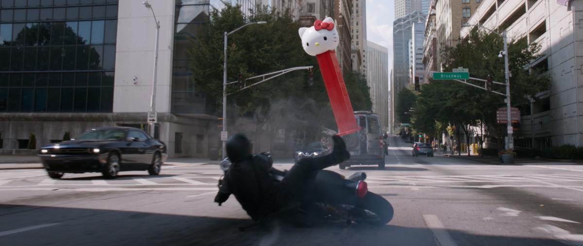 預告片末還有Hello Kitty亂入。(迪士尼提供)