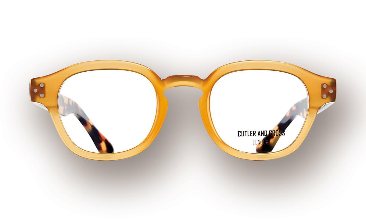 CUTLER&GROSS芥末黃配玳瑁色鏡架平光眼鏡,NT$13,000。