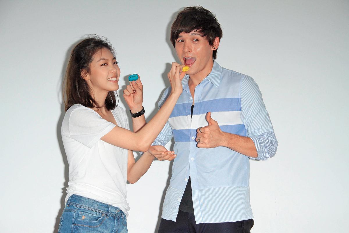 倪安東出道後,與許多女藝人合作,2012年參與歌手Olivia演唱會。(東方IC)