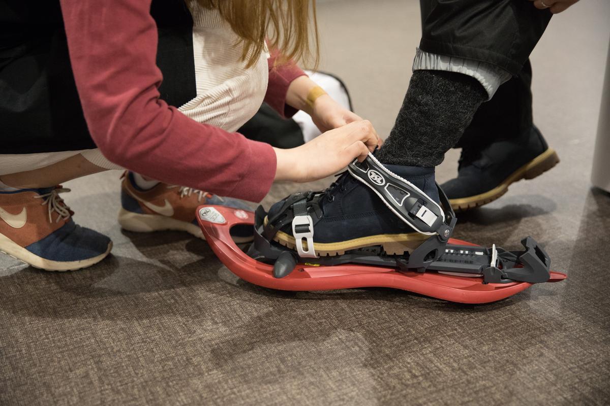 特製的鞋子,改良得較為合腳。