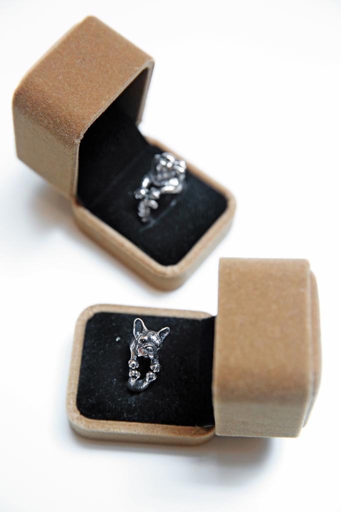 活動時贈送的開運戒指,目前雖無販售,日後有望成為線上商品。