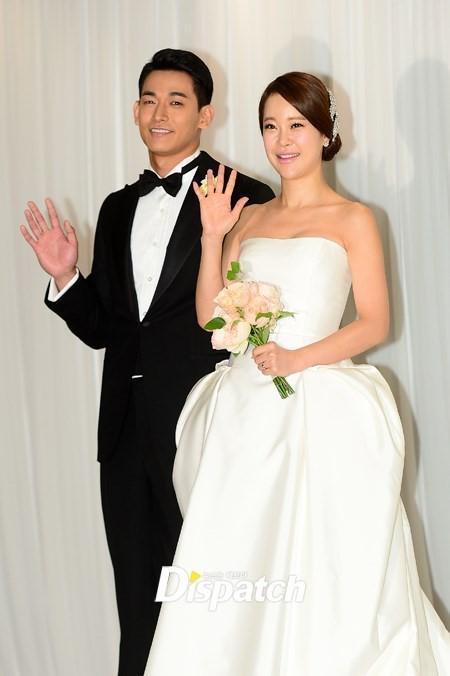 鄭錫元與白智榮相差9歲,結婚5年育有一女。(網路圖片)