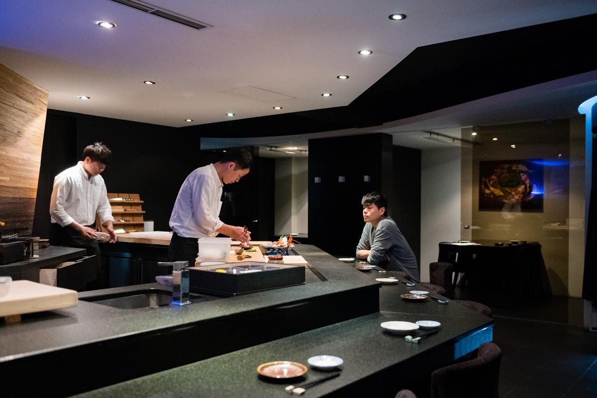 「真真庵壽司割烹」提供依時節變化食材的無菜單料理。