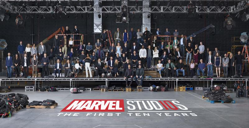 漫威10年大合照,大部分影迷認識的主要演員都參與了拍攝。(翻攝自Marvel粉絲團)