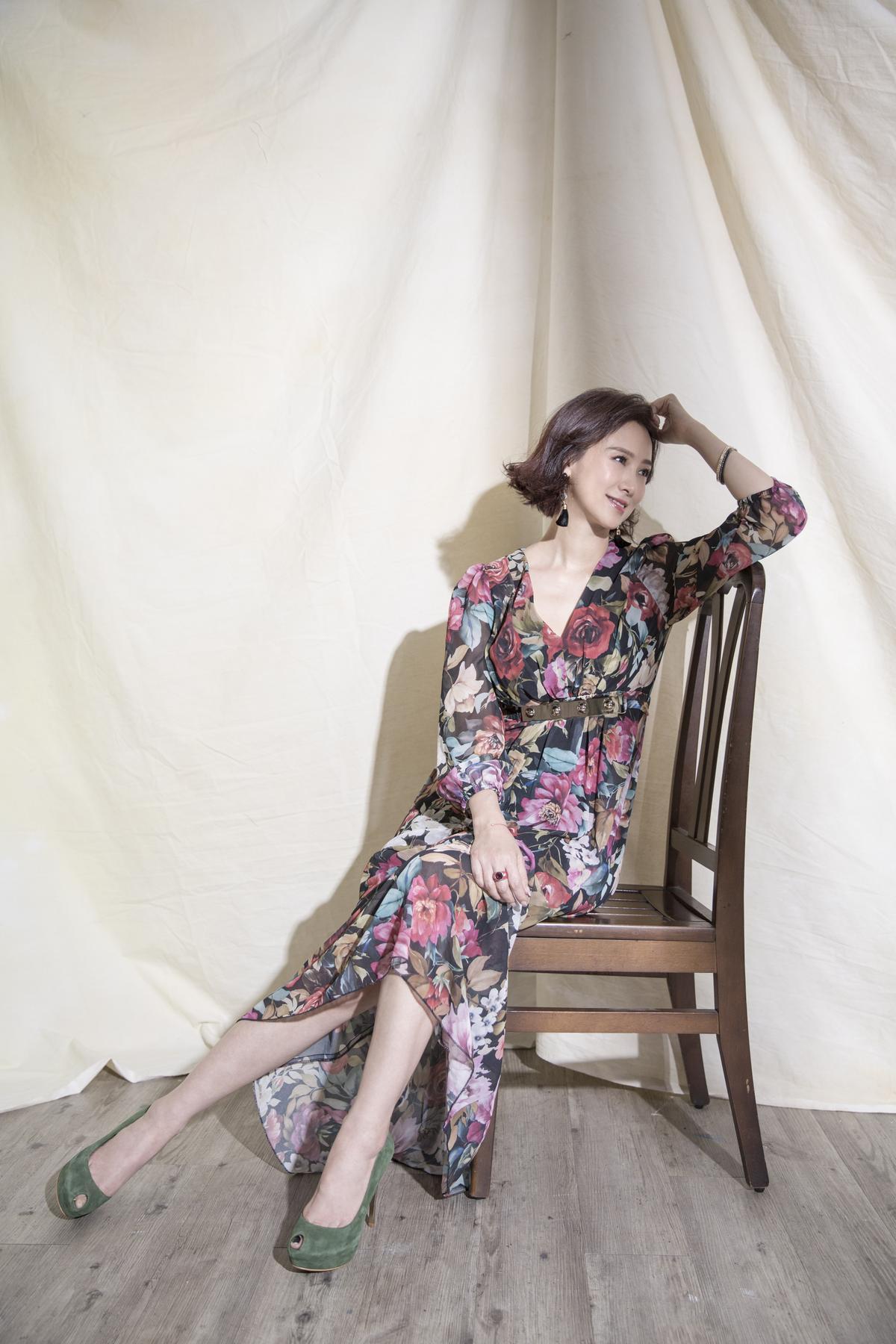 翁虹出道30年,結婚生女後定居台灣。