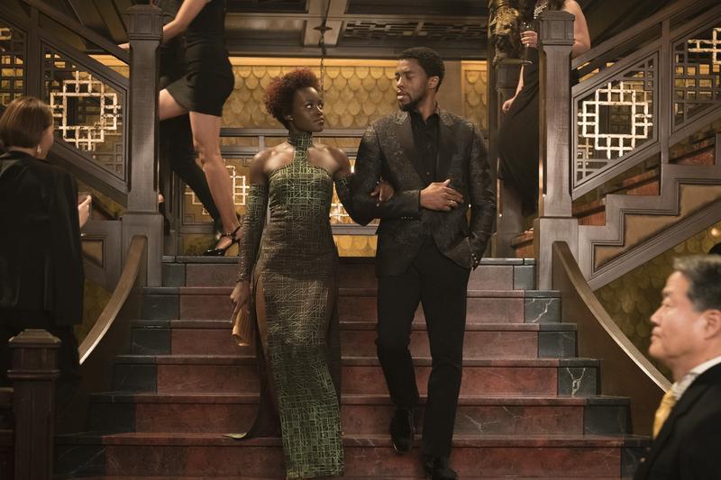 《黑豹》上映8天開出2.3億票房紅盤,一枝獨秀笑傲今年春節檔,成為票房霸主。(迪士尼提供)