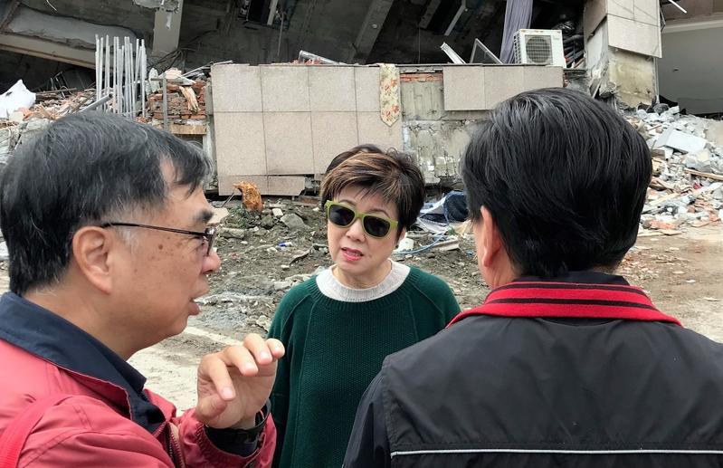 台積電慈善基金會董事長張淑芬日前親赴花蓮災區慰問。(台積電慈善基金會提供)