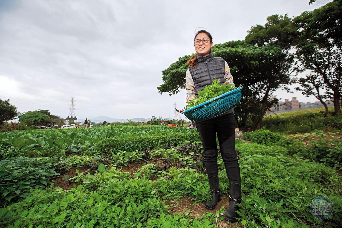 楊珺涵1年多前回家幫忙,替傳統老店增添不少創新氣息。