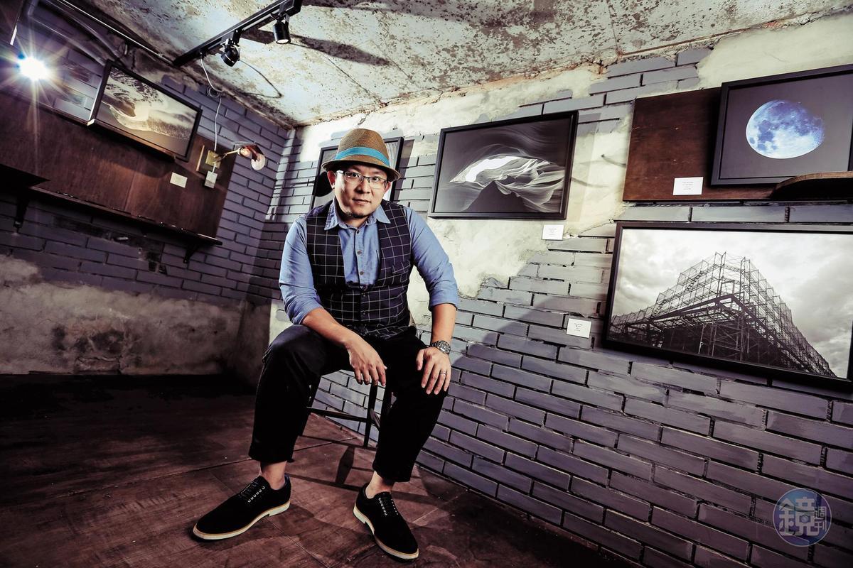 蘇打綠休團3年,每人各有發展,鼓手小威跨界舉辦個人攝影展,展現不同才藝。
