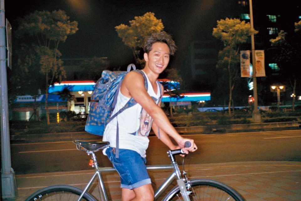 高英軒跟俞西潔都是名人之後,又都熱愛單車及種種運動,兩人正打得火熱。
