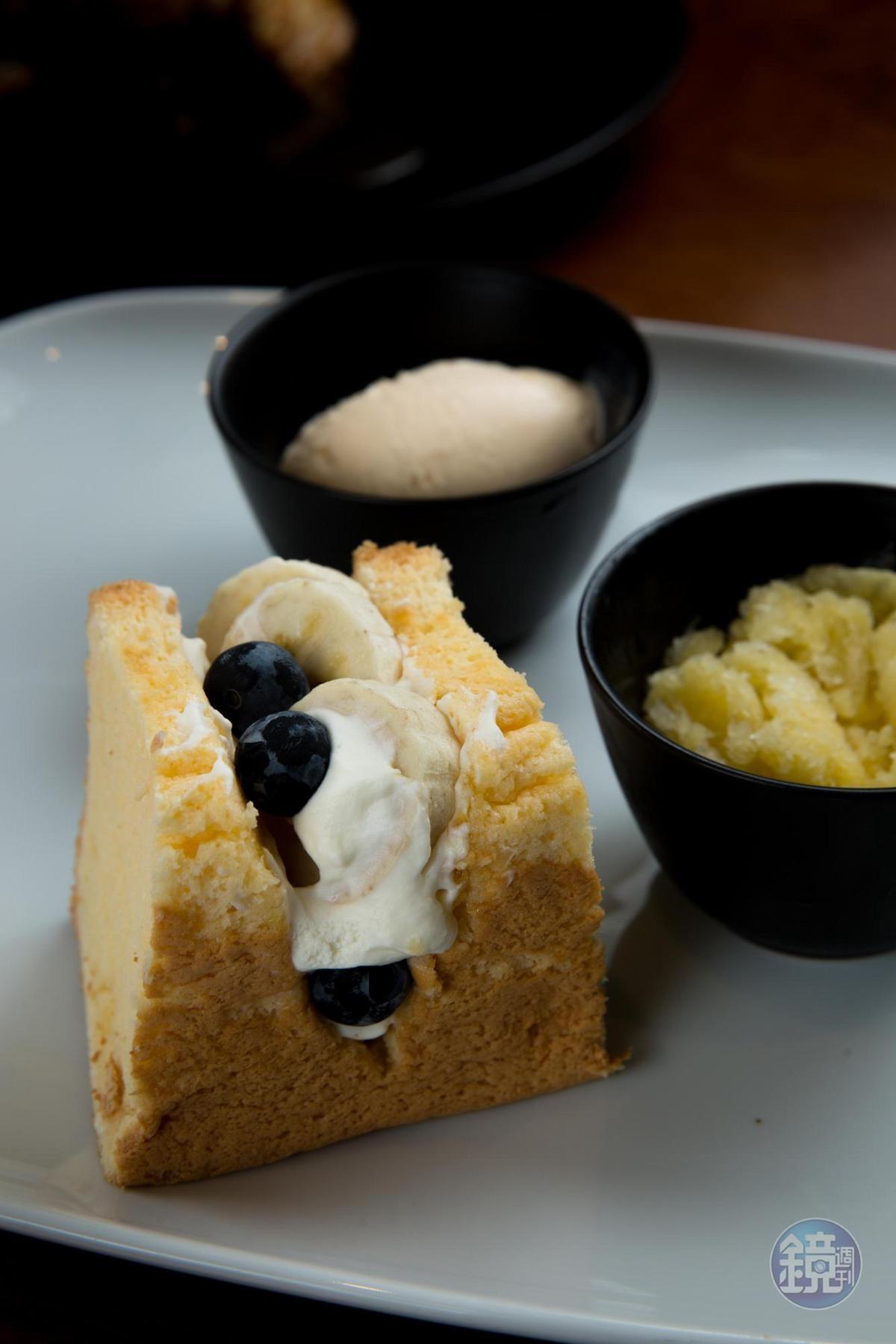 香綿的「戚風蛋糕夾好吃水果」,留下柔軟美好的收尾。
