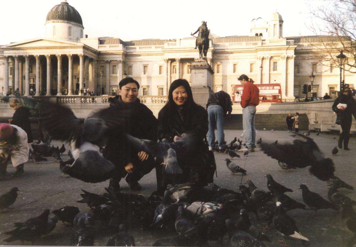 已故生活美食家韓良露及先生朱全斌,是生活及旅遊伴侶。(朱全斌提供)