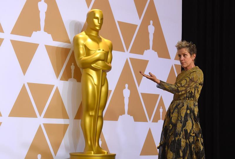 今年奧斯卡影后法蘭西絲曼朵麥登高一呼,提醒影視同業人員在簽工作合約時不要忘了「包容條款」。(東方IC)