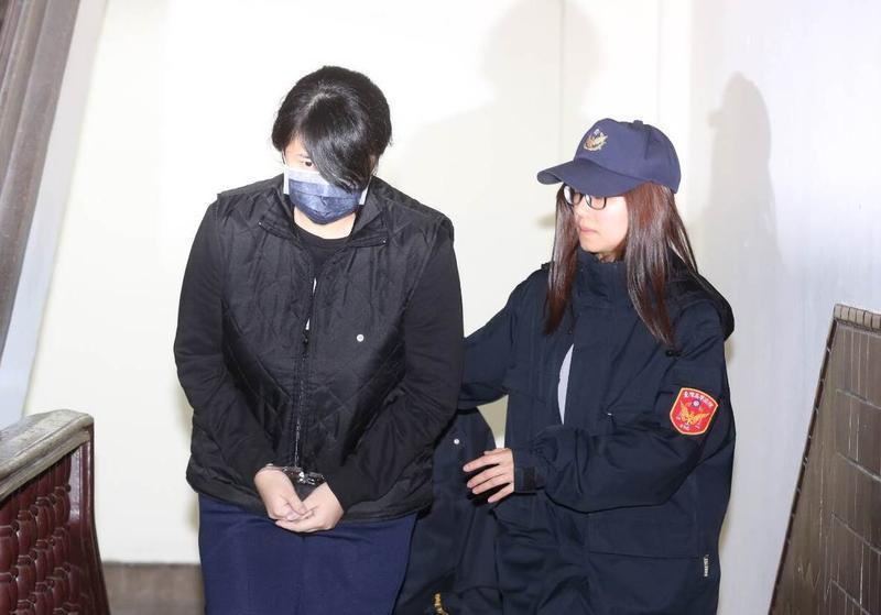 女毒犯丁易津去年4月間,開車拒警攔檢,撞死兒童,判16年定讞。