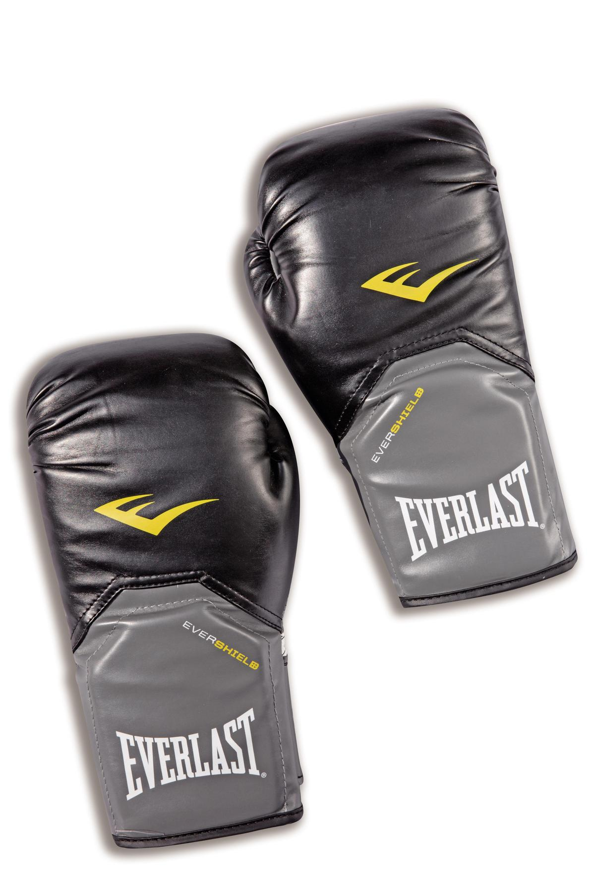 EVERLAST拳擊手套,約NT$1,500。