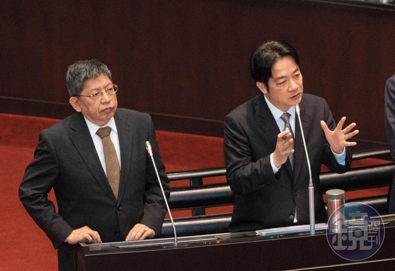 中共2週前宣布31項惠台措施,行政院將召開專案會議,整合各部會對策,推出因應措施。