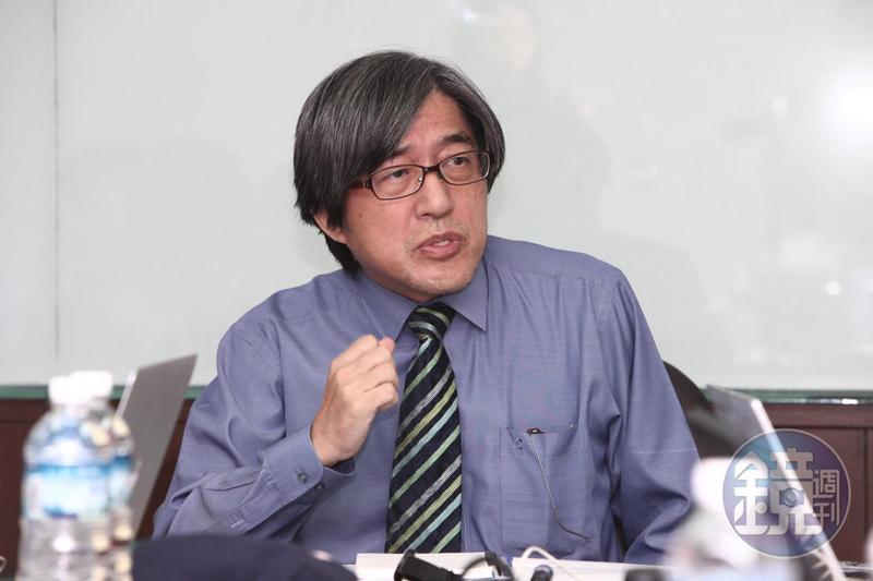 網家董事長詹宏志日前宣告,旗下商店街已經超車對手蝦皮。