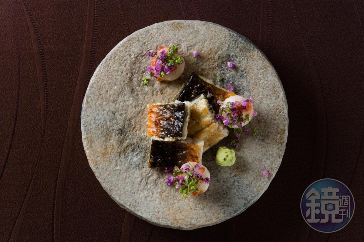 備長炭烤的雲林鰻魚,表面如海苔般香脆,經過神經活締熟成的肉質軟嫩甘甜。