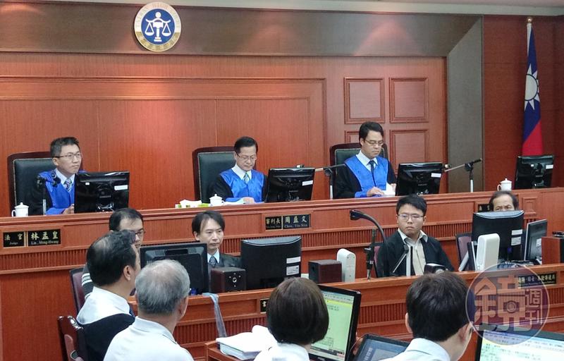 高等法院打算增加法官助理工作,讓他們站上第一線與法官一起開庭。