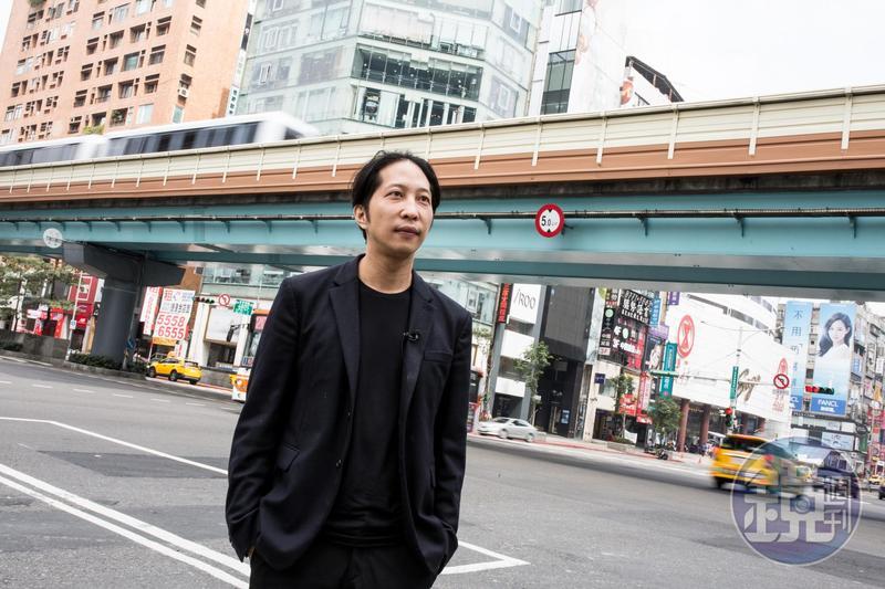 頂著父執輩的光環與人脈創業,胡亦嘉不否認,相較於其他新創者,他擁有更多優勢與資源。