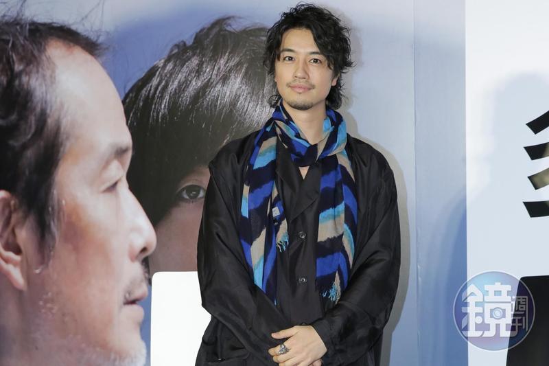 日星齋藤工為他執導電影《多桑不在家》來台與大家見面。
