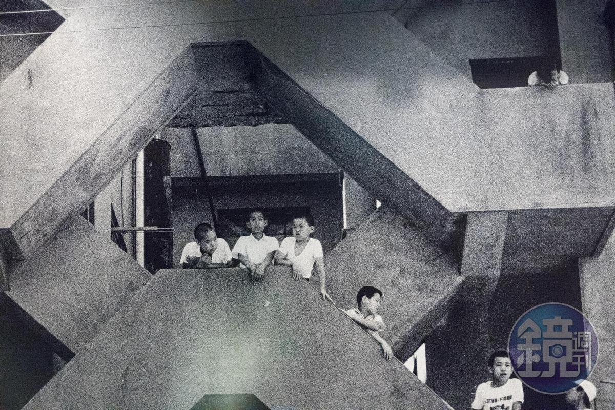 端島當年留存的影像紀錄。