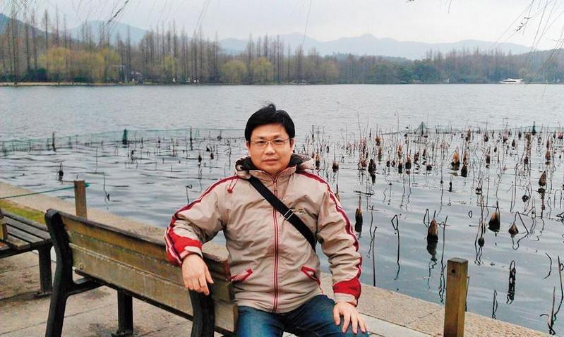 廖瑞坤調任中監教化科長短短7個多月,近來遭檢舉找受刑人幫忙寫論文。(翻攝廖瑞坤臉書)