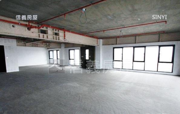 根據內觀示意圖,坪數約在120坪上下的空間,非常寬敞。(翻攝自信義房屋)