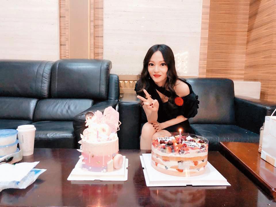 張韶涵與老東家結束合作,自立門戶成立天涵音樂,表示當老闆讓她一夜長大,從零開始才有機會再起。