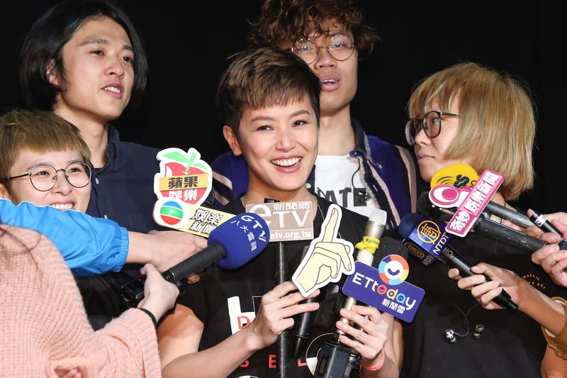 何韻詩在大港開唱後,一週內再次在台灣演出。