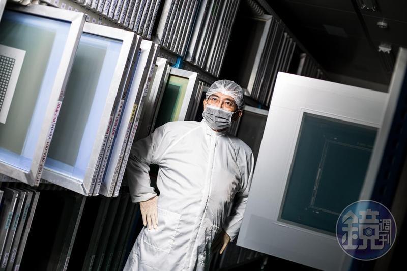 葉恒銘16年前創立萬達光電,是國內第一家用高溫製程生產五線電阻觸控面板的廠商,如今DELL軍規觸控電腦、飛利浦高階醫療觸控螢幕都少不了他,年營收12億元。