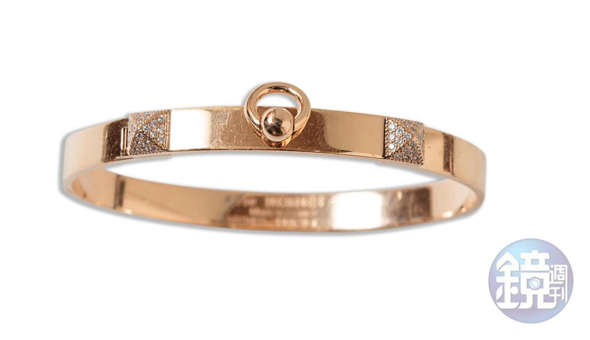 HERMÈS Collier de Chien玫瑰金鑲鑽手環,NT$323,200。