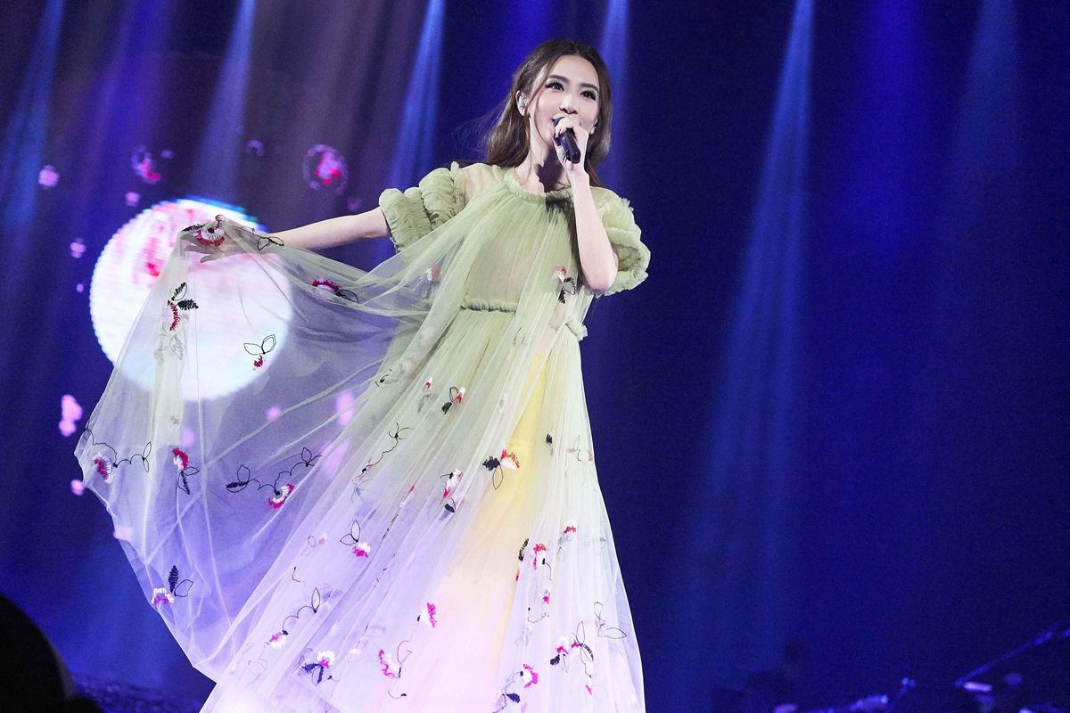 田馥甄自S.H.E單飛推出個人專輯,歌迷照樣買單,讓她迅速站上文青女神地位。(華研提供)