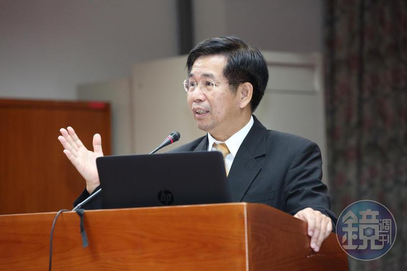 上午教育部長潘文忠發出請辭聲明,希望請辭部長職務讓政治操作能就此停止。