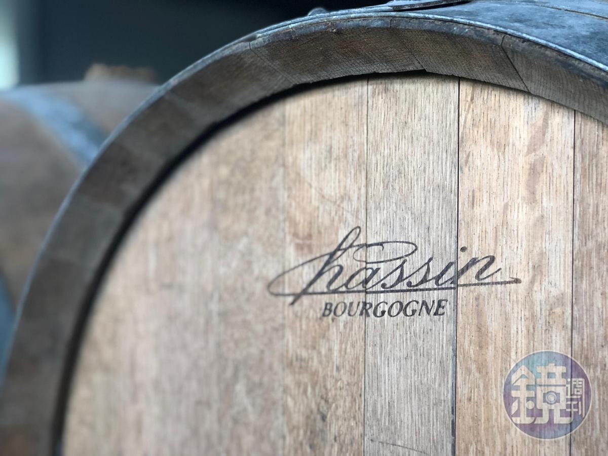 拿來釀製埔桃酒的法國橡木桶之前是裝勃根地的黑皮諾葡萄酒。