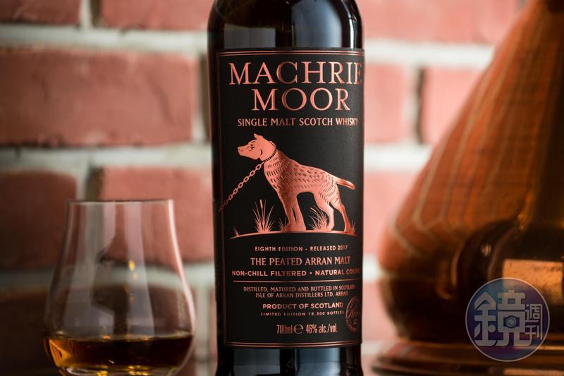 深夜,來杯威士忌,聆聽蘇格蘭的神犬傳說,神遊神話國度。
