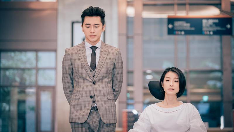 李國毅曾和古斌和賴雅妍合作,他稱讚兩人的外表都沒改變。(歐銻銻娛樂提供)
