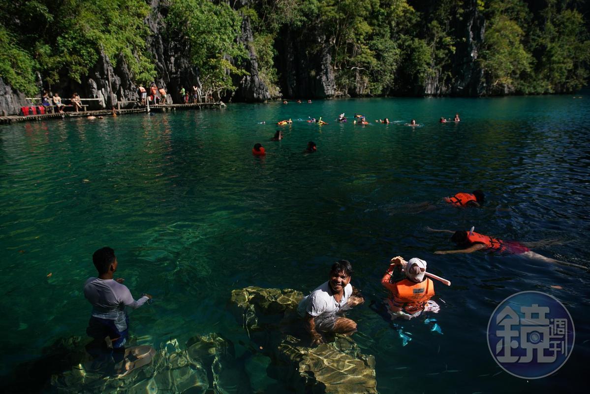 「凱央根湖」曾被選為「全菲律賓最乾淨的湖泊」,是旅客到科隆的必訪景點。