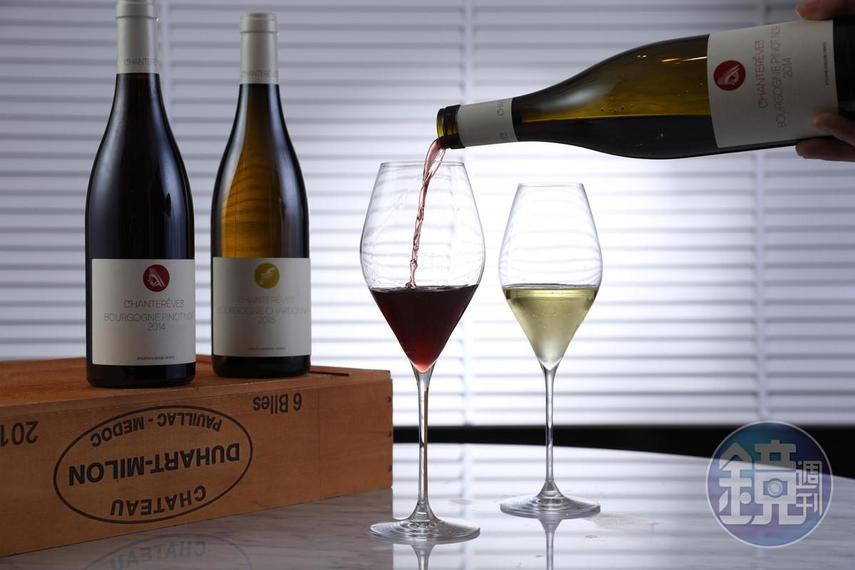 出自Chantereves酒莊的紅酒、白酒,釀酒師夫婦以傳達當地風土為己任,入口純淨優雅。(紅酒300元/杯、1,800元/瓶。白酒300元/杯、1,600元/瓶)