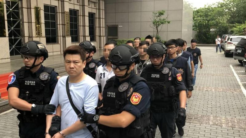 天道盟太陽會台北分會長蕭貞文,涉嫌教唆小弟暴力滋事。(刑事局提供)
