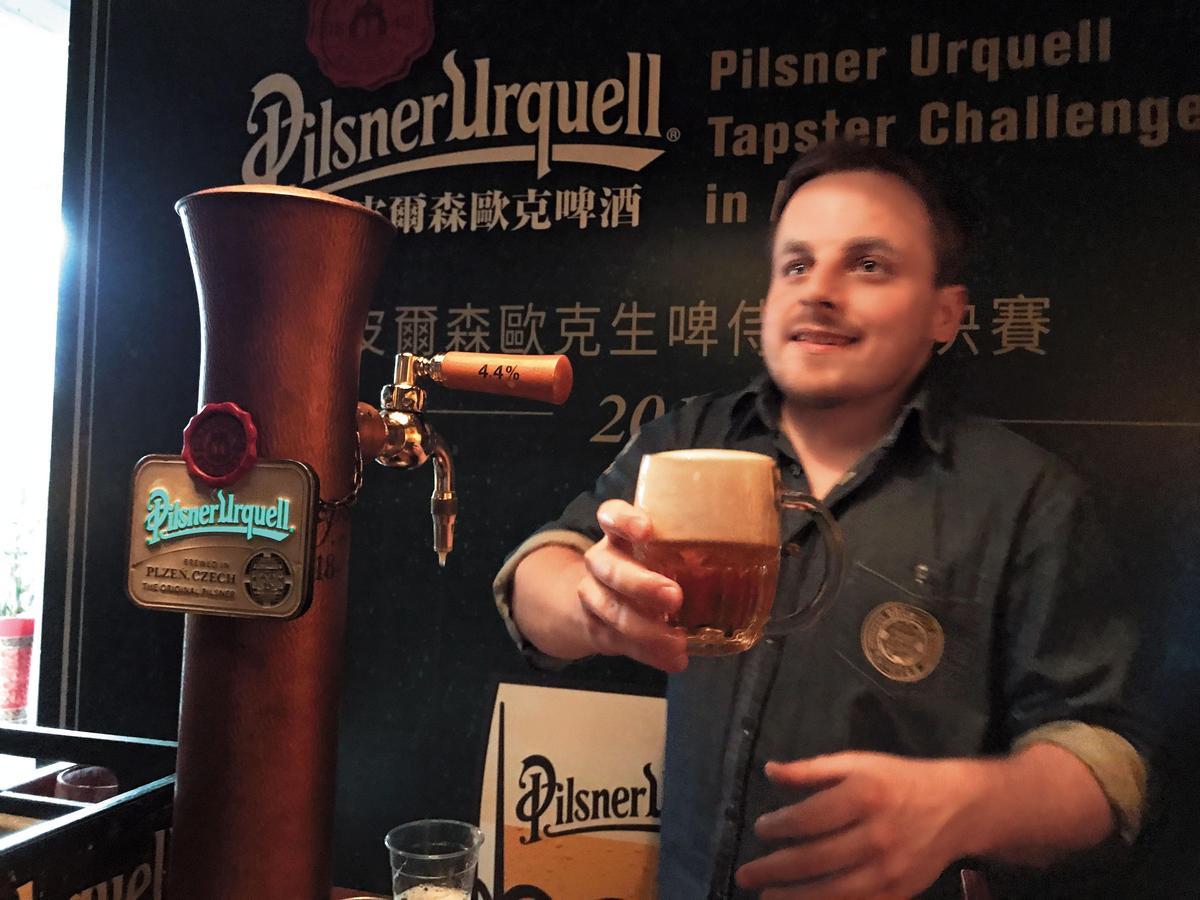 全世界第1杯低溫發酵、低溫熟成的金黃色拉格啤酒,誕生於捷克的皮爾森歐克,改寫了啤酒的歷史。