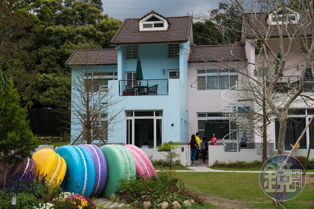 「馬卡龍」住宿區色彩繽紛,很有童話感。