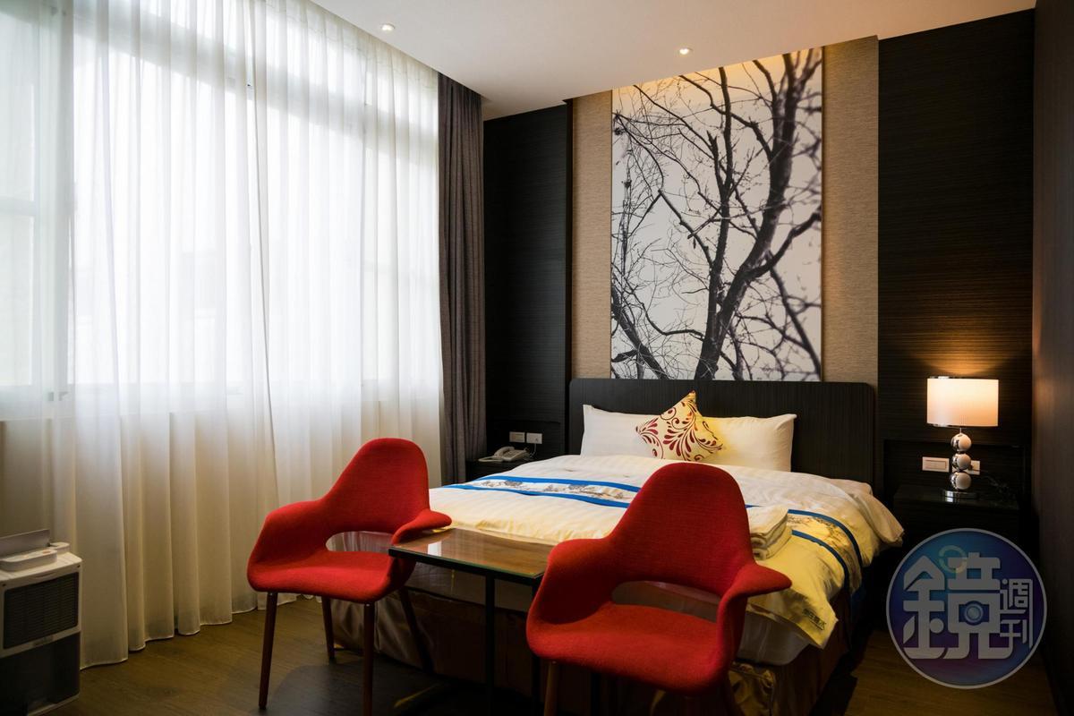走進室內,頓時變成設計酒店風格,令人驚嘆。