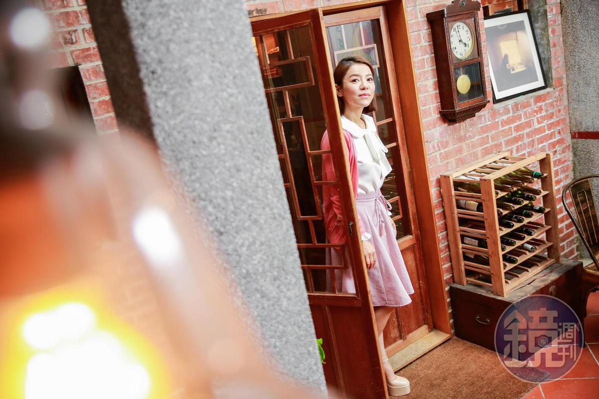 從小看著《搭錯車》等經典台灣電影長大,丁噹透露自己很容易被劇情感動落淚。